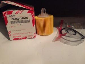 Toyota 04152-37010 – фильтр масляный