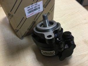 Toyota 44320-60170 насос гидроусилителя руля