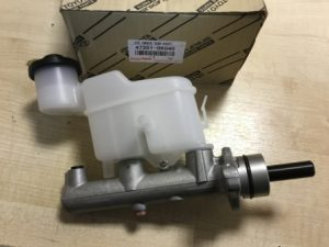 Toyota 47201-0K040 – главный тормозной цилиндр