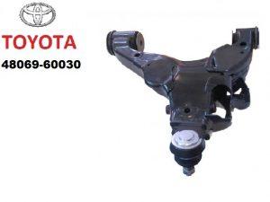 Toyota 48069-60030 – рычаг передней подвески, левый
